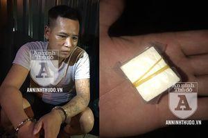 Hai đối tượng tàng trữ ma túy, vứt xe bỏ chạy khi gặp Cảnh sát 141