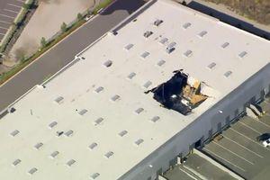 Máy bay chiến đấu F-16 rơi vào tòa nhà gần căn cứ quân sự Mỹ