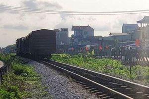 Sắp công bố nguyên nhân tàu trật bánh, lật toa ở Nam Định