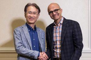 Sony và Microsoft bắt tay cùng 'đấu' với Google trong mảng trò chơi trực tuyến