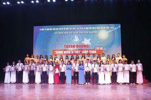 Thái Nguyên trao giải 'Sáng tạo trẻ' và tuyên dương 'Sinh viên 5 tốt'