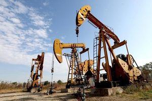 Giá dầu thế giới 17/5: Dầu Brent vượt mức 72 USD/thùng