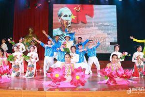 Trường Đại học Vinh tổ chức Liên hoan nghệ thuật tháng Năm