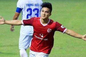Trợ lý HLV park Hang Seo 'xem giò' cầu thủ Việt kiều Martin Lo