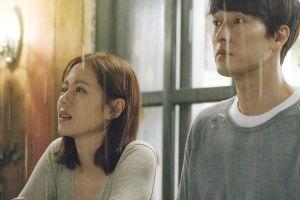 Hóa ra 'Be With You' là bộ phim se duyên cho So Ji Sub và bạn gái, lại còn ngay trước mắt Son Ye Jin nữa chứ