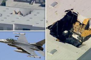 Tiêm kích F-16 đâm thủng nóc nhà kho ở Mỹ