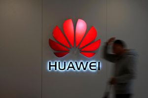 Pháp 'bênh' Huawei, chỉ trích Mỹ phát động chiến tranh công nghệ