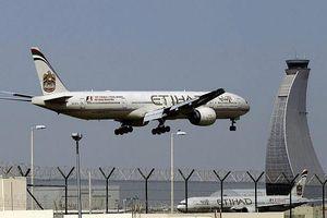 Mỹ cảnh báo nguy cơ 'xác định nhầm' máy bay giữa căng thẳng với Iran
