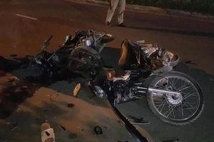TPHCM: Phát hiện tai nạn xe máy kinh hoàng giữa đêm làm 3 người thương vong