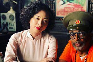 Đạo diễn từng giành Oscar khoe ảnh làm việc cùng Ngô Thanh Vân trong phim mới