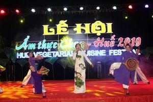 Lễ hội ẩm thực chay ở cố đô hút hàng trăm du khách