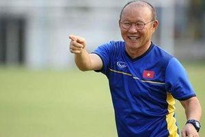 HLV Park Hang-seo trở lại Việt Nam tuyển quân đá King's Cup 2019