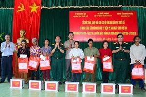 Binh đoàn 16 thăm hỏi, tặng quà đồng bào dân tộc thiểu số hoàn cảnh khó khăn tỉnh Bình Phước