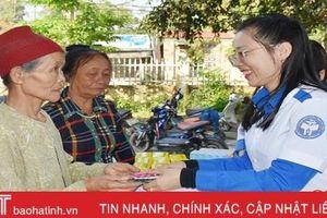Thầy thuốc trẻ tình nguyện vì sức khỏe người nghèo Hương Khê