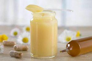 Vì sao sữa ong chúa được xem là 'thần dược' cho người mất ngủ, mới ốm dậy?