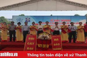 Khai trương Trung tâm Đào tạo bóng đá cộng đồng Blue Sky Việt Hùng
