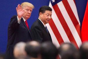 Sóng gió thương mại hé lộ một Bắc Kinh cô đơn 'tột cùng' giữa lòng Washington