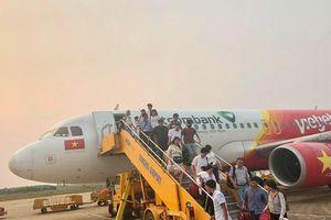4 tháng: Hơn 12.000 chuyến bay bị chậm, hủy
