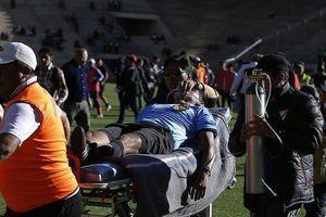 Trọng tài lên cơn đau tim tử vong ngay trong trận đấu
