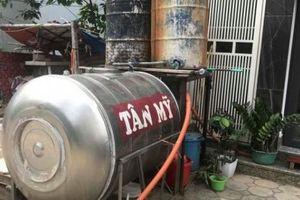 Hà Nội nắng nóng 40 độ C, cư dân Vạn Phúc 'vật vã' vì thiếu điện, nước sinh hoạt
