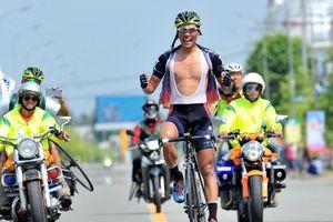 Giải xe đạp Về Nông Thôn: Endenrbat độc diễn ngoạn mục lật đổ áo vàng