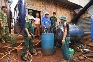 Dân khổ vì thiếu nước sạch