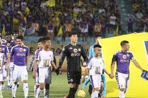 HLV Chu Đình Nghiêm lý giải nguyên nhân để Bùi Tiến Dũng có trận đấu ra mắt