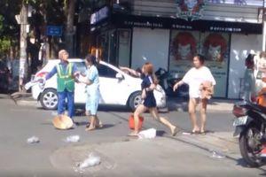 Nữ chủ shop đánh người lao công đang làm việc giữa nắng nóng có thể bị phạt như thế nào?