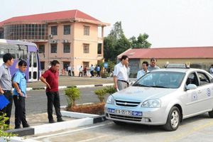 Trung tâm đào tạo lái xe phải từ chối dạy học viên đang có hơi men