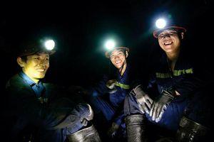 TKV trả lương khuyến khích cho thợ bậc cao kèm thợ bậc thấp