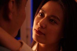 Hoàng Thùy Linh 'giải mã chính mình' với MV Lyric 'Mê Cung'