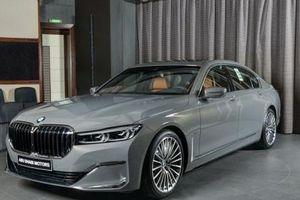 BMW Abu Dhabi có thêm một chiếc BMW 730Li 2020 màu xám tuyệt đẹp