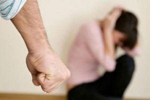 Định nhảy cầu tự tử, kẻ thất tình, nghiện ngập thức tỉnh bởi giọt nước mắt của cậu con trai