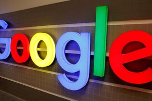 Google ngừng một số thỏa thuận hợp tác với Huawei
