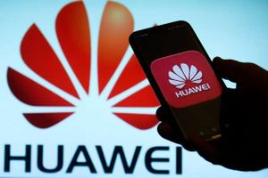 Sau Google, hàng loạt tập đoàn công nghệ Mỹ ngừng hợp tác với Huawei