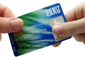 Về điều kiện để mở thẻ ghi nợ