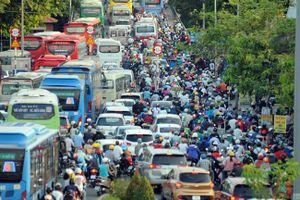 Vùng kinh tế trọng điểm phía Nam: 'Đuối sức' tăng trưởng vì giao thông đứt đoạn