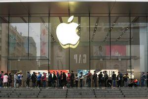Apple sẽ thiệt hại thế nào sau đòn đánh Huawei của Tổng thống Donald Trump?