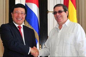 Phó Thủ tướng, Bộ trưởng Ngoại giao Phạm Bình Minh hội đàm với Ngoại trưởng Cuba B. Parrilla
