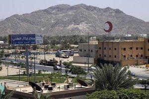 Phiến quân Houthi tấn công kho vũ khí tại sân bay Saudi Arabia