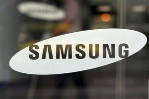 Cổ phiếu Samsung tăng khi Huawei vật lộn với lệnh cấm