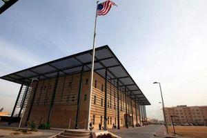 Đạn pháo rơi gần Đại sứ quán Mỹ tại Iraq