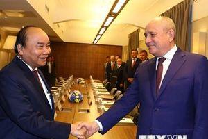 Thủ tướng tiếp phó chủ tịch tập đoàn dầu khí Gazprom
