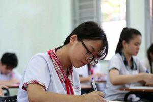 Tuyển sinh vào lớp 10 TPHCM: Học sinh 'vắt chân lên cổ' ôn thi