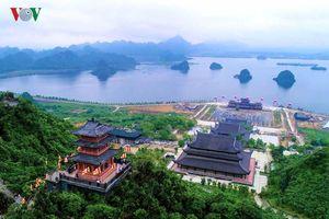 Chiêm bái những ngôi chùa độc đáo bậc nhất cả nước nhân mùa Phật Đản