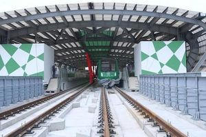 Dự án cao tốc Bắc - Nam và 'bài học nhãn tiền' đường sắt trên cao