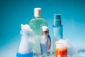 Hóa chất trong dầu gội và đồ chơi có thể gây tổn thương gan, tiểu đường