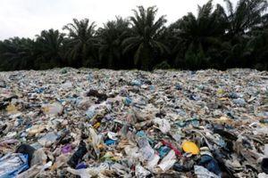Malaysia trả rác nhựa cho các nước phát triển