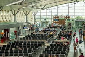Tăng phí dịch vụ hàng không giúp ACV lãi lớn