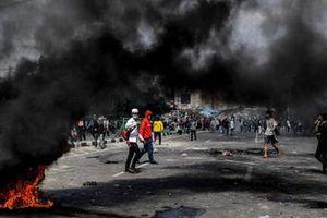 Thương vong gia tăng trong các cuộc biểu tình bạo loạn tại Indonesia